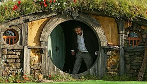 Peter Jackson Exits Hobbit Hole